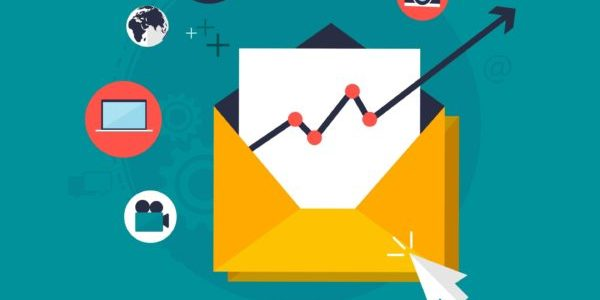 Which Email Marketing Strategy Should You Choose: Full Meal or Just the Aroma?